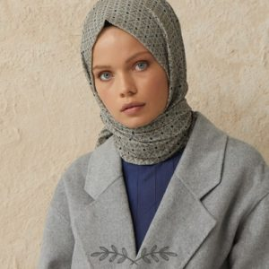 02-meryemce-esarp-online-shop-fresh-scarfs-karo-desenli-sal-fume3