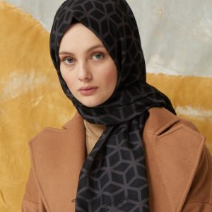 03-meryemce-esarp-online-shop-fresh-scarfs-petek-desenli-sal-antrasit1