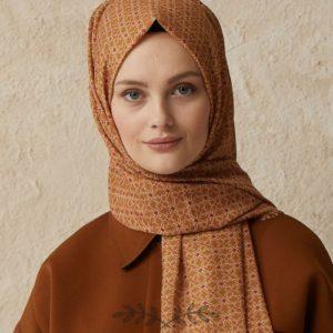 05-meryemce-esarp-online-shop-fresh-scarfs-karo-desenli-sal-karamel1