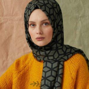 06-meryemce-esarp-online-shop-fresh-scarfs-petek-desenli-sal-cagla-yesili1