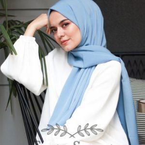 07-meryemce-esarp-online-shop-fresh-scarfs-krinkil-medine-ipegi-sal-acik-mavi1
