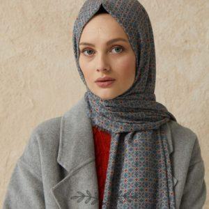 08-meryemce-esarp-online-shop-fresh-scarfs-karo-desenli-sal-metalik-gri3