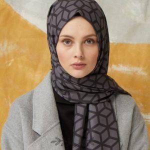08-meryemce-esarp-online-shop-fresh-scarfs-petek-desenli-sal-fume1