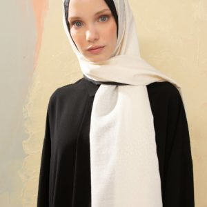05-meryemce-esarp-online-shop-schal-kopftuch-fresh-scarfs-monogram-kirik-beyaz1