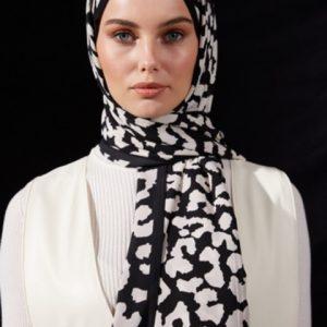 02-meryemce-esarp-online-shop-schal-kopftuch-qef-black-to-white-celene1