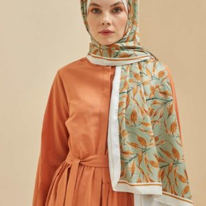 01-camelia-meryemce-esarp-online-shop-fresh-scarfs-camelia-twill-schal-cagla-yesili1